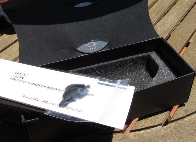 Juliet Plasma / Ice Iridium With Box And Coin *traded* - hLGkHgil.jpg
