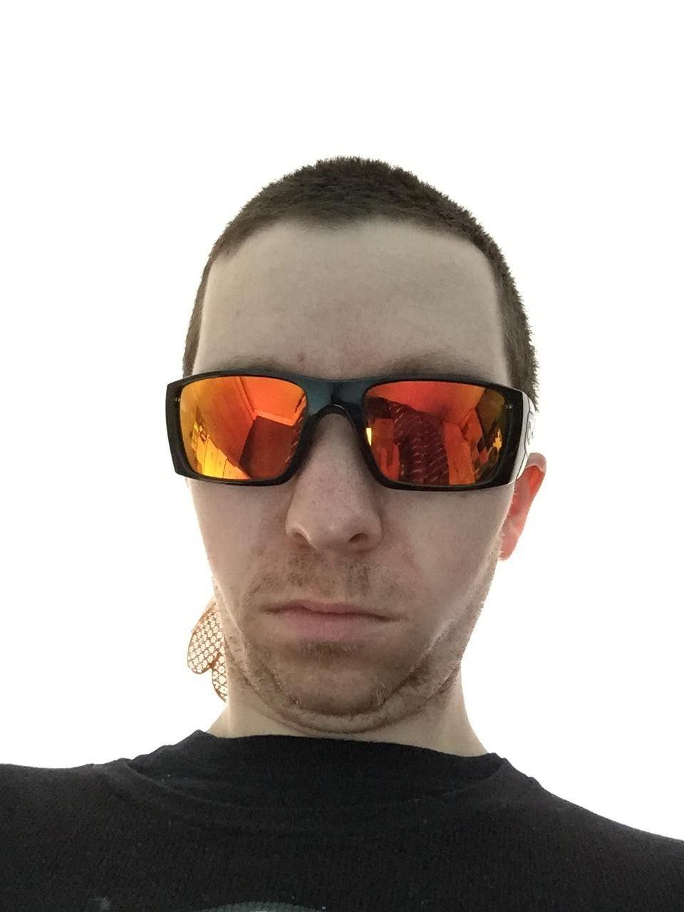 Best suited Oakleys for me - hNeezSf.jpg
