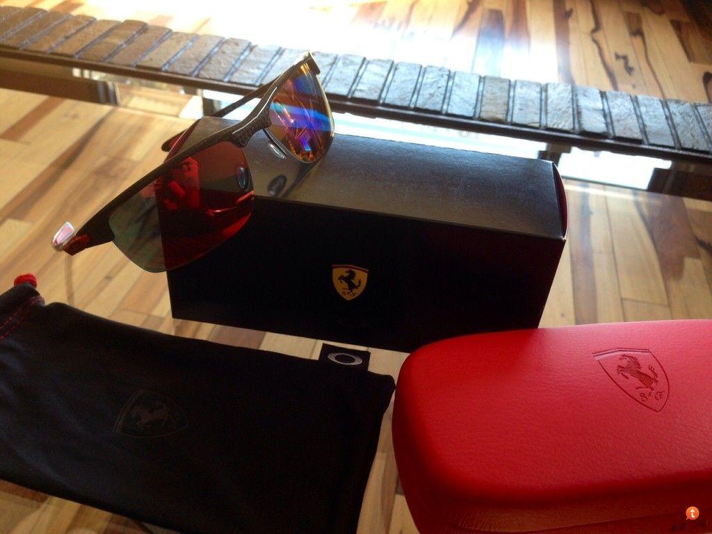 Special Edition Ferrari Carbon Blades - hugy8eny.jpg
