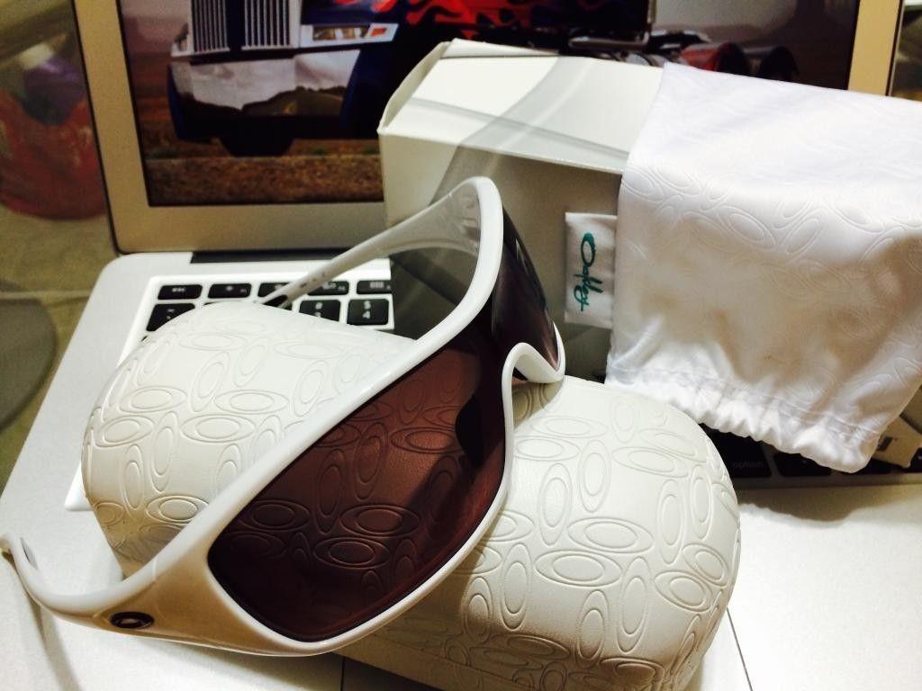 Womens Oakley Ideal: Polished White/G40 Black Gradient - ideal5_zpsd010602d.jpg