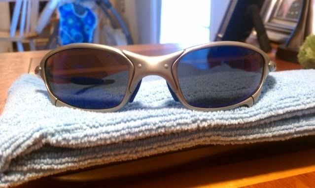 For Sale: Juliet Titanium With Ice And Blue Earsocks Make Offers - IMAG0182.jpg