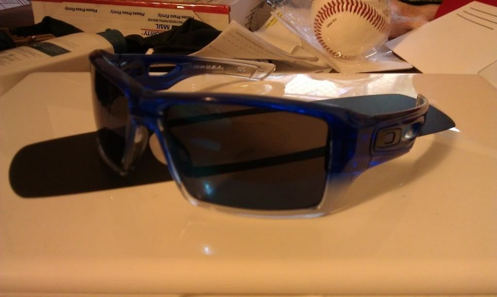 Blue/Clear Fade Eyepatch 2 - IMAG0197.jpg