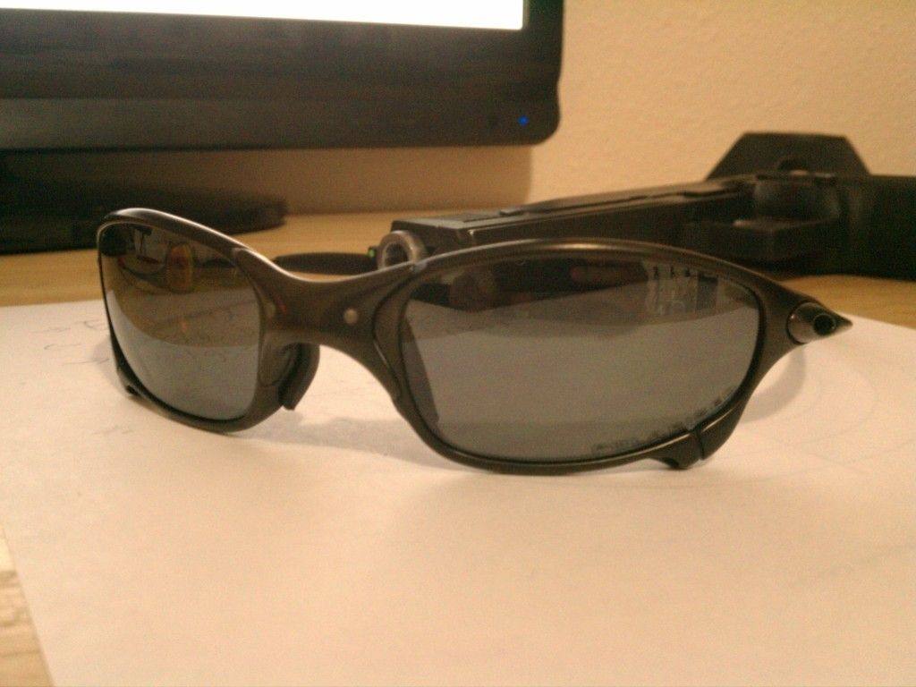Another Local CL $90 Oakley Juliet Deal. Carbon/black Iridium Polarized - IMAG0272.jpg