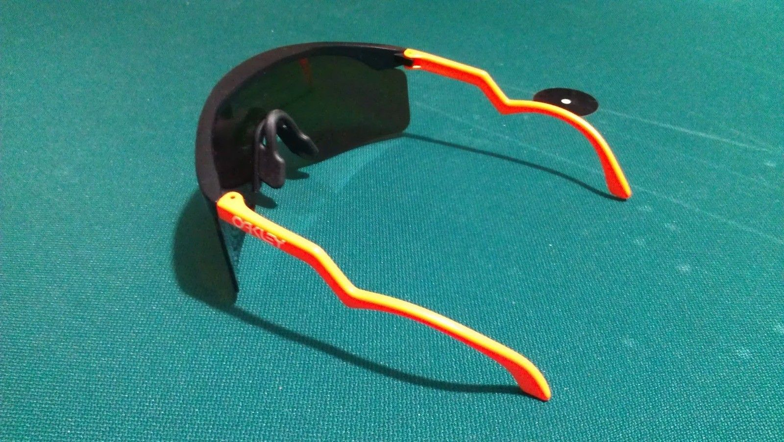 Vintage Black/Orange Trigger Stems With Fire Blades - IMAG0379.jpg