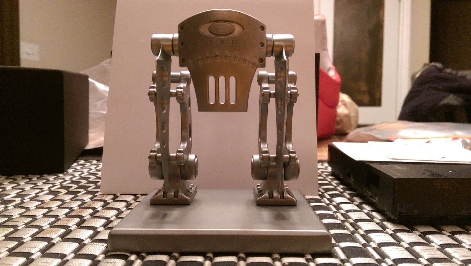 Robotic store front #499 - IMAG0524.jpg