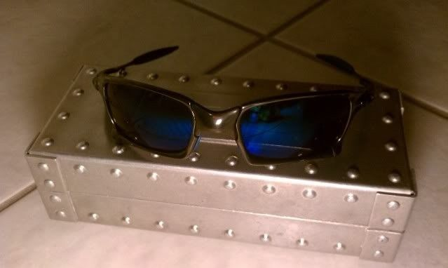 X Squared Polished Carbon, Ice And Blue Rubber-Custom Build - IMAG0550.jpg