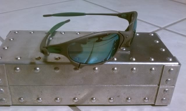Juliet X Metal with Emerald and Green Rubber-It's Finally Here!!!!!! - IMAG0568.jpg
