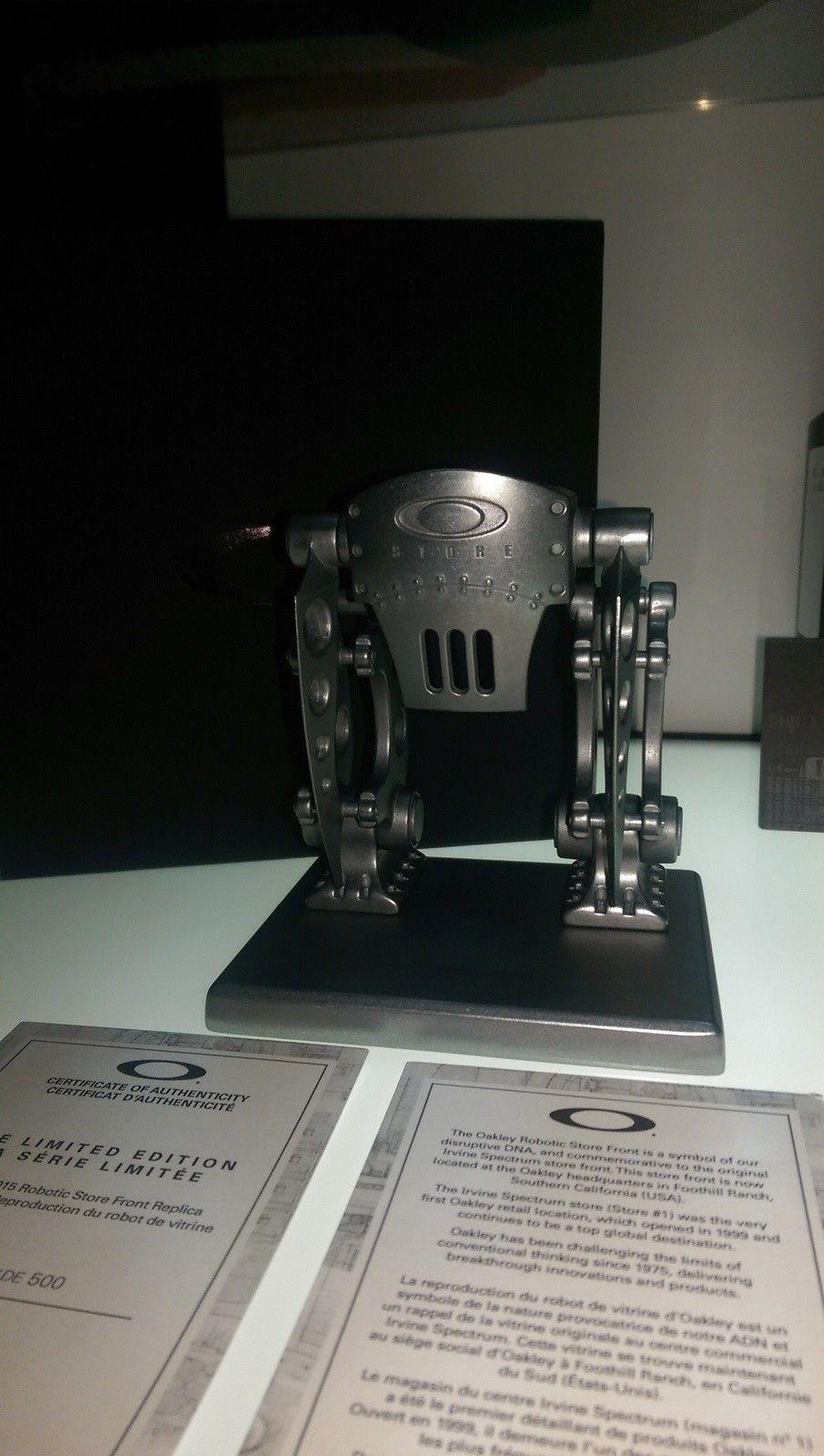 Store front robot for oakley bunker - IMAG0886.jpg