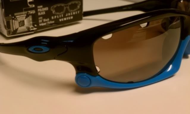 FS: Split Jacket Polished Black Sky Blue, OO Black Iridium Polarized $115 - IMAG1294.jpg