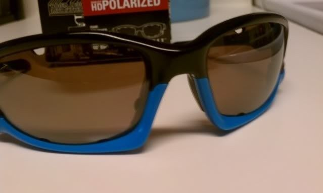 FS: Split Jacket Polished Black Sky Blue, OO Black Iridium Polarized $115 - IMAG1295.jpg