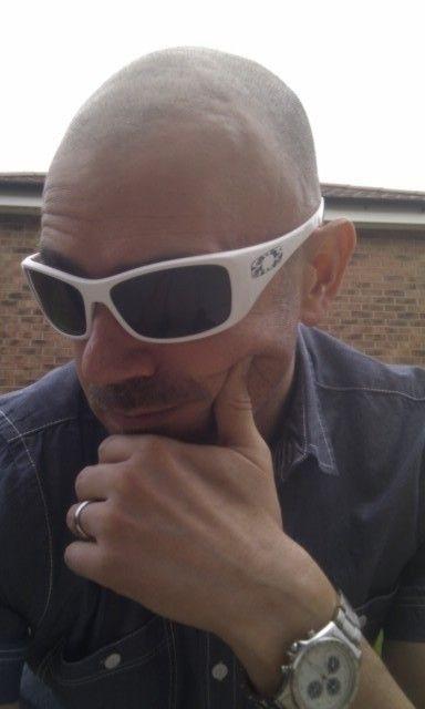 "Picture Thread: ""Official 'Be a Douche: Wear Your White Oakleys' Day - 8th July 2012"" - imag1304n.jpg"