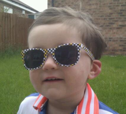 "Picture Thread: ""Official 'Be a Douche: Wear Your White Oakleys' Day - 8th July 2012"" - imag13081.jpg"