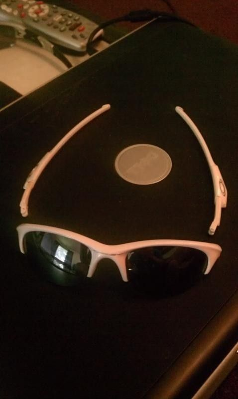 What Model And Year Are These Oakleys? *Pictures* - IMAG1349_zps4c08bd5a.jpg