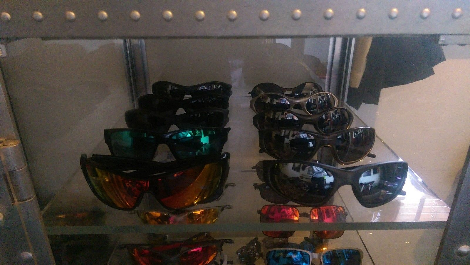 Red Tiger's Oakley Collection - IMAG1683.jpg