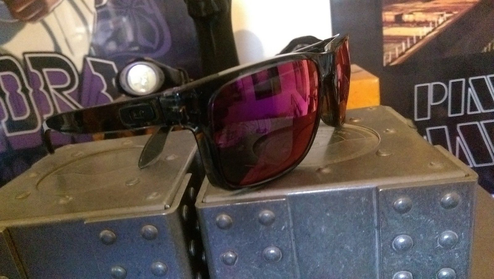Holbrook positive red bargain (Wembley Oakley pop up store) - IMAG2346.jpg