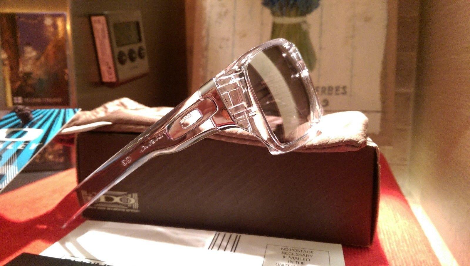 Oakley Dispatch 1 Polished Clear with Chrome iridium oo9090-05 BNIB - IMAG4827.jpg