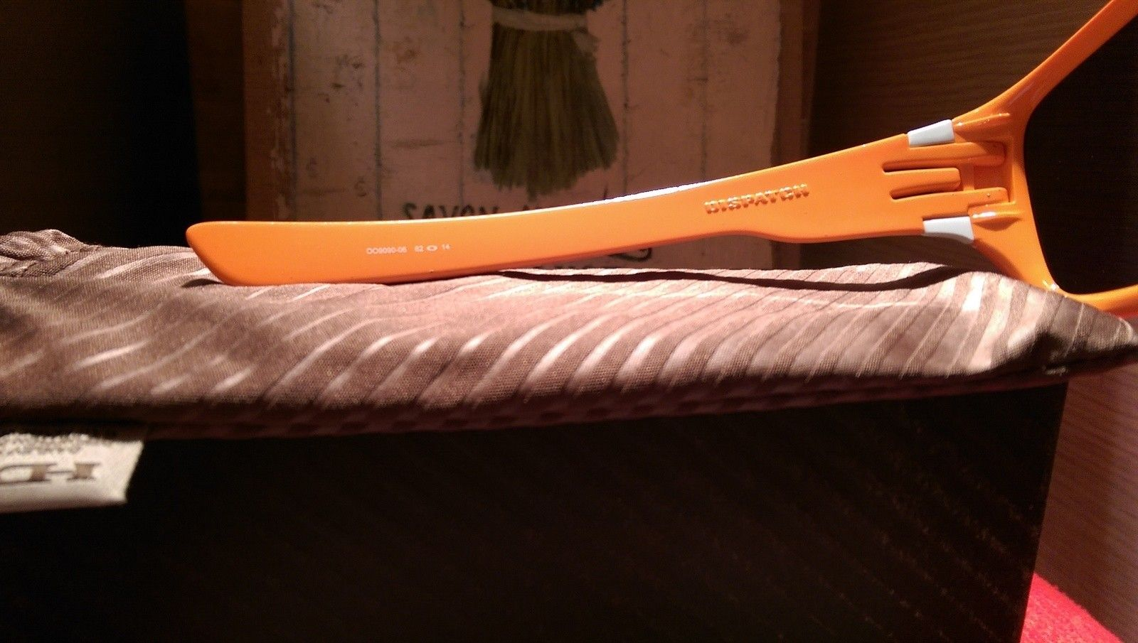 Oakley Dispatch 1 Clementine /Greyoo9090-06 BNIB - IMAG4841.jpg