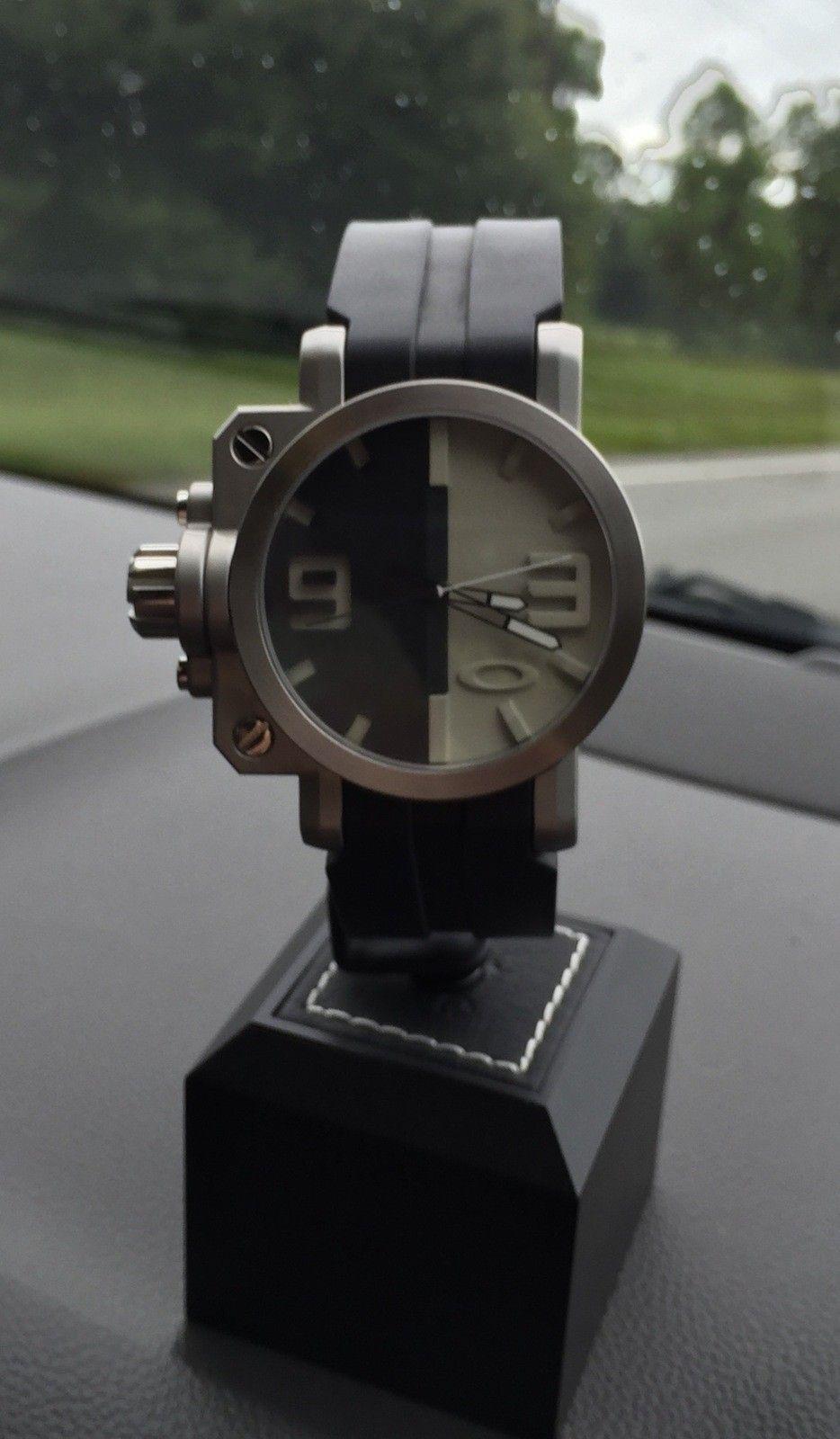 Oakley Large Watch Stand - image.jpeg