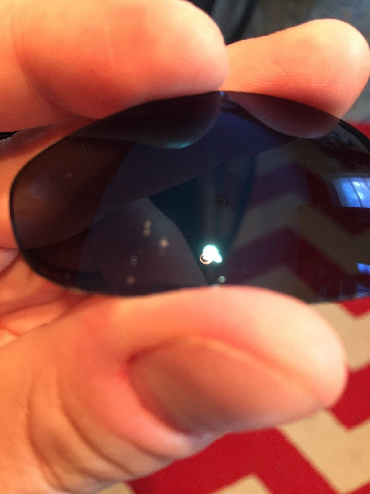 Four Lot and Polarized Radarlock lens for display stands - image.jpeg