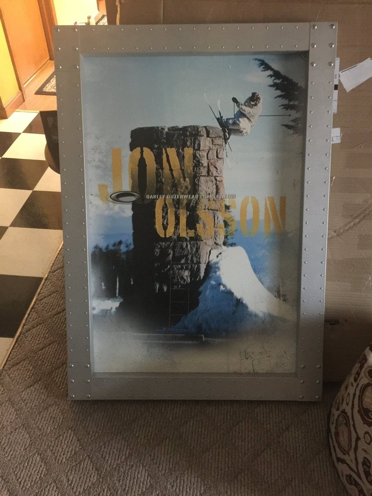 The huge Oakley frame.. THANKS! - image.jpeg