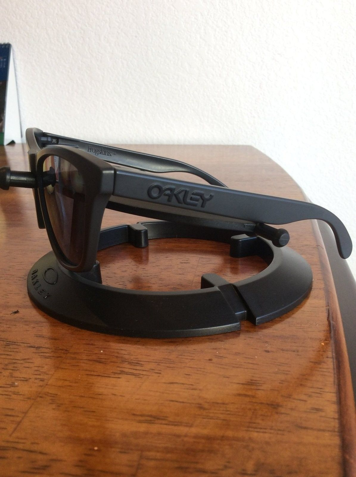 Oakley Frogskins Carbon Infinite Hero frame/grey lenses cheap - image.jpeg