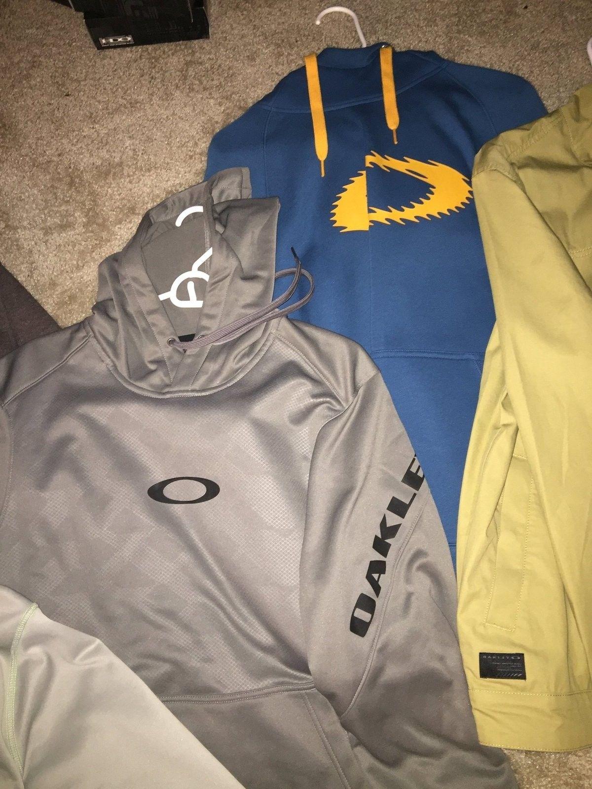 4 Oakley hoodies 1 Oakley jacket new without tags - image.jpeg