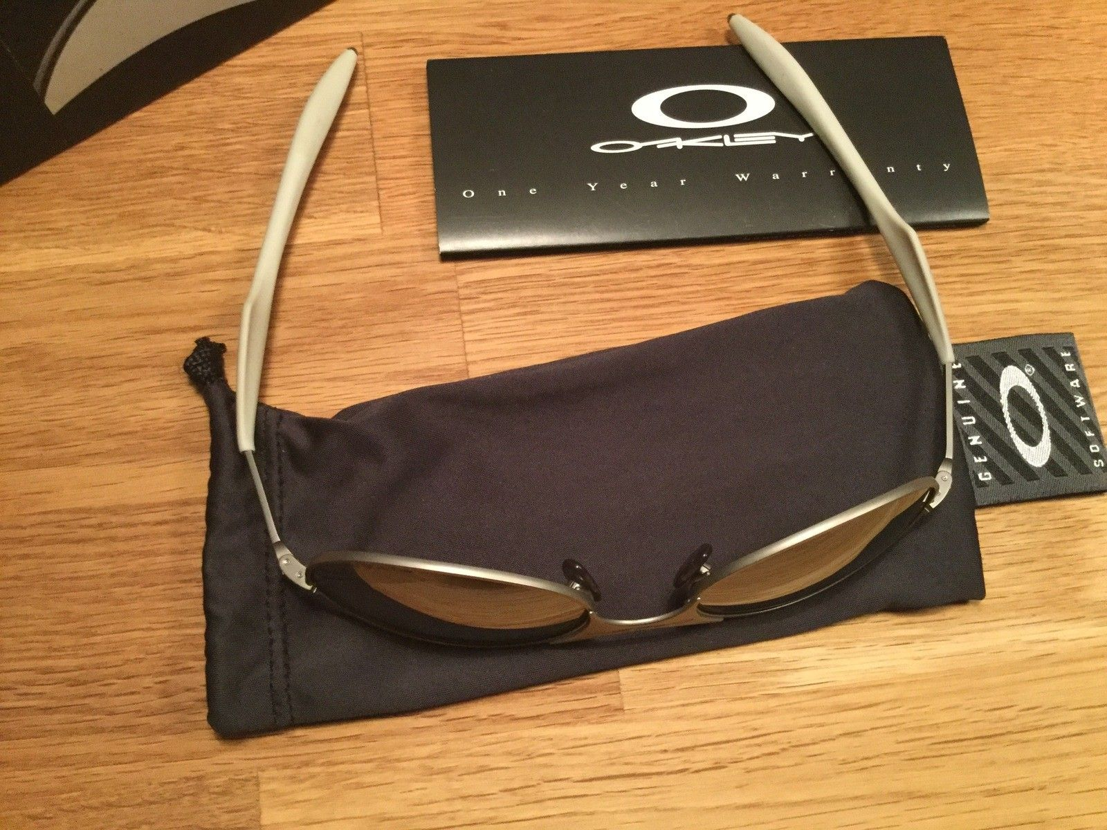 Oakley T Wire (Gen 2) Titanium Iridium - image.jpeg