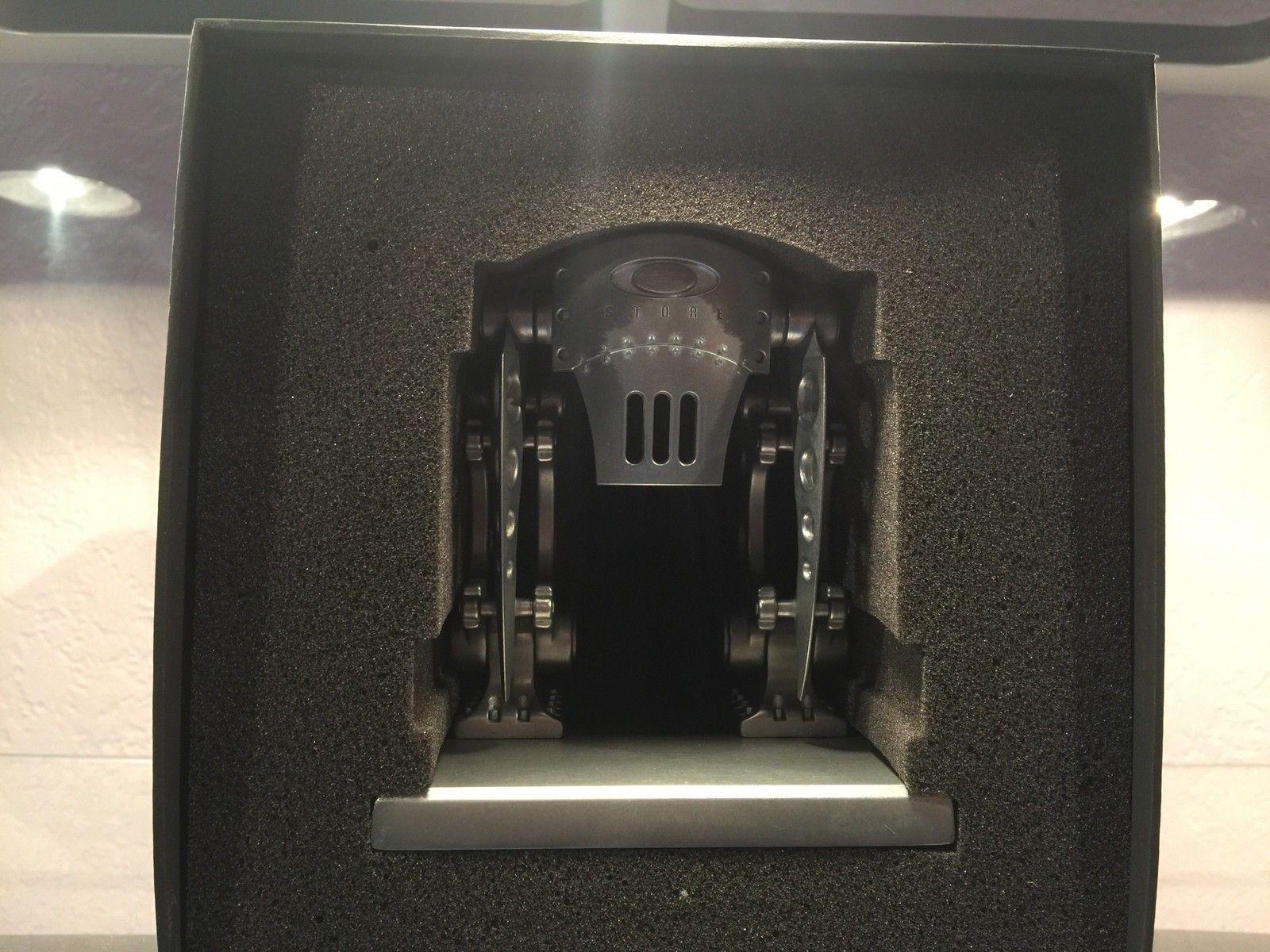 Holiday Robot #48 /Trade - image.jpeg