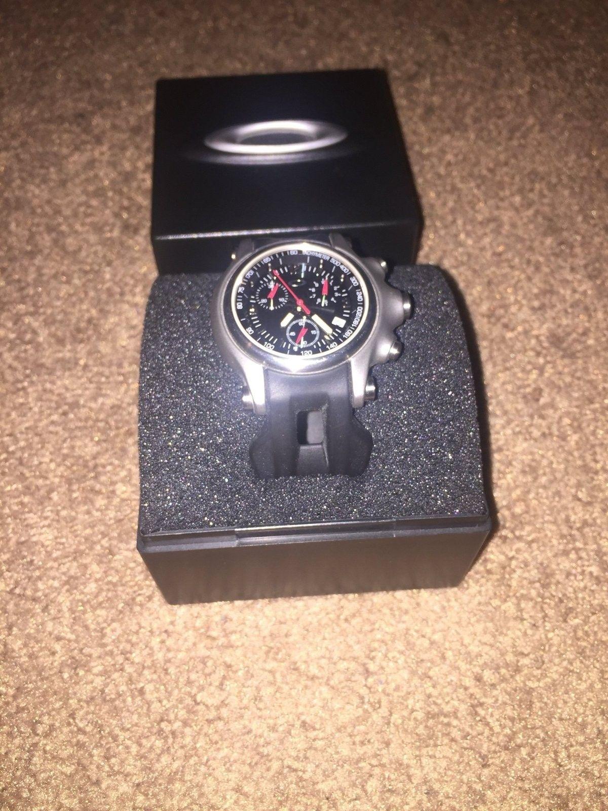 Oakley holeshot  chrono 10-215 - image.jpeg