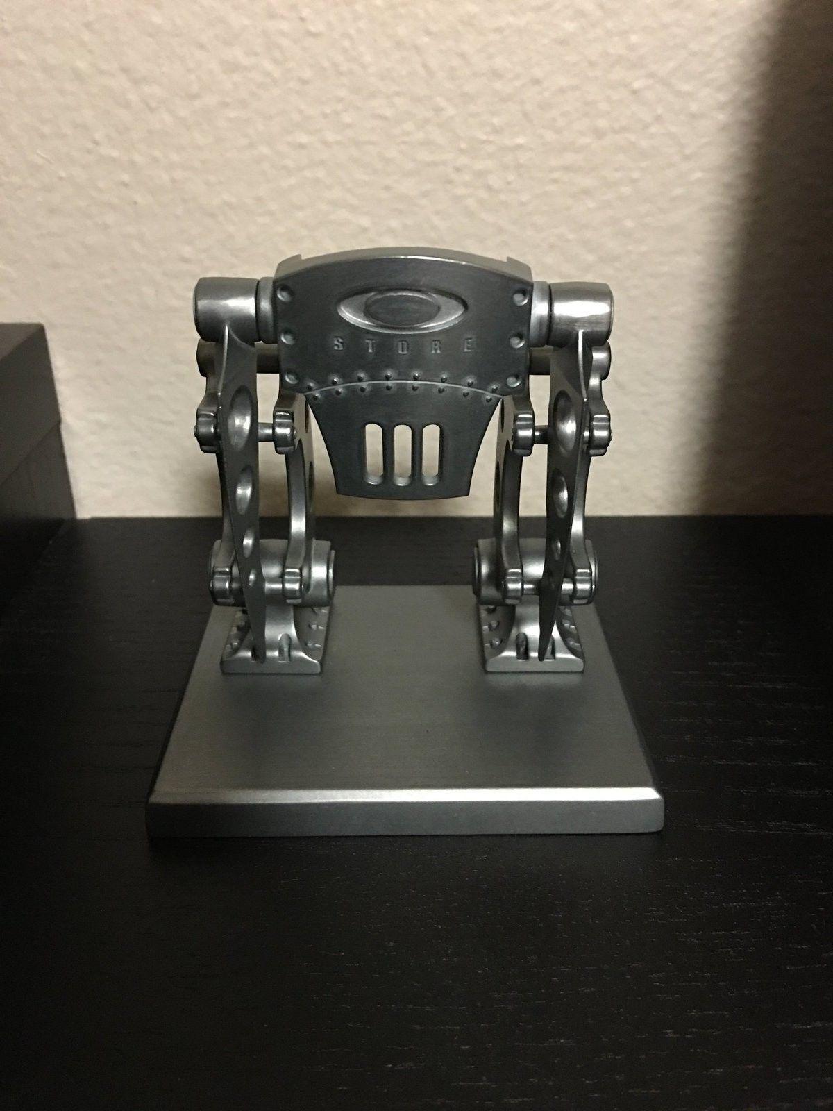 Robotic Store Front - image.jpeg