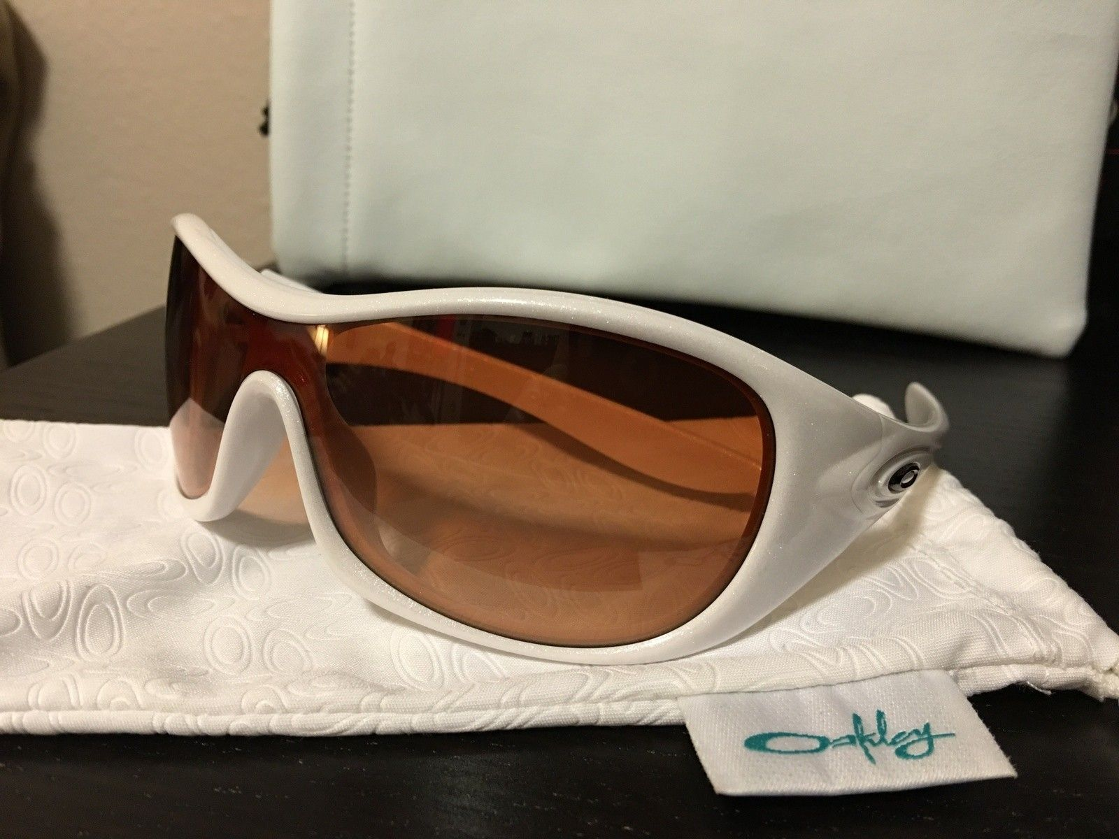 Speechless sunglasses - image.jpeg