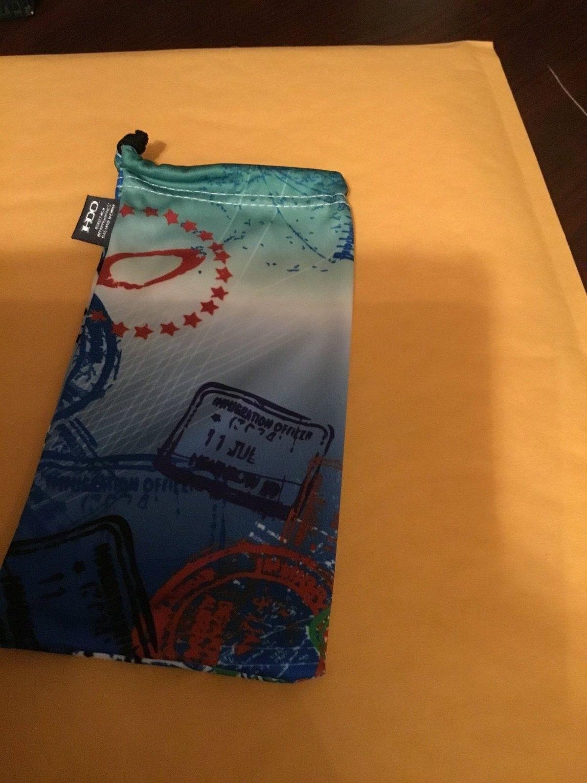 Travel Retail Micro Bag for Black Mechanism Keychain - image.jpeg