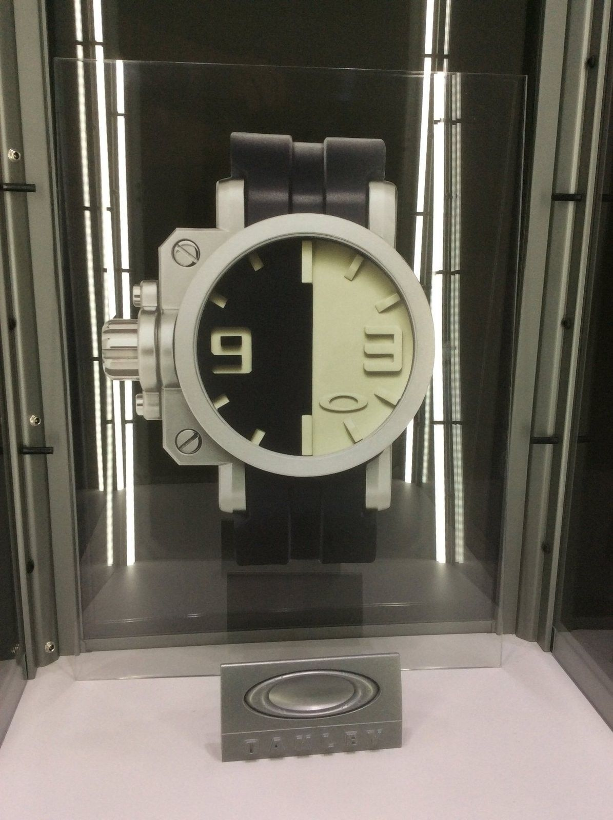 Custom clock - image.jpeg
