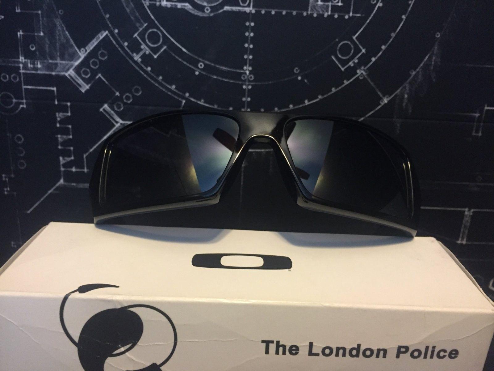 BNIB London Police Gascan - image.jpeg