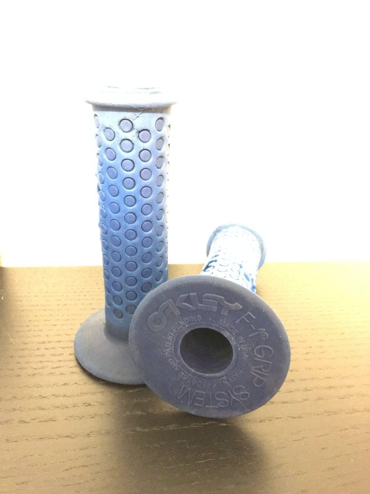 Oakley F1 Grips Blue - image.jpeg