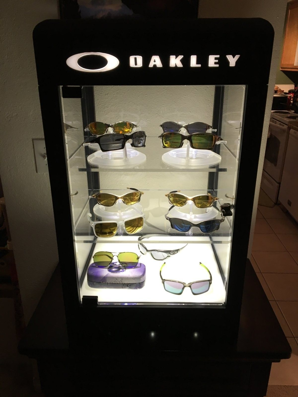 3.0 Oakley countertop display bulb question - image.jpeg
