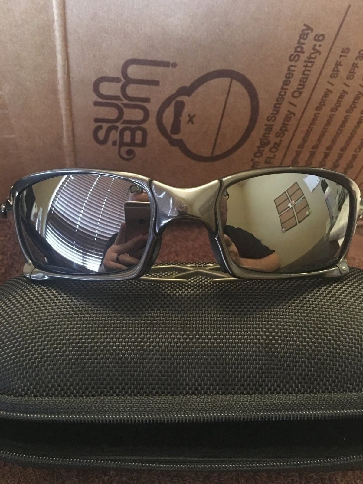 **$440** LNIB XS Polished Carbon/BIP. - image.jpeg
