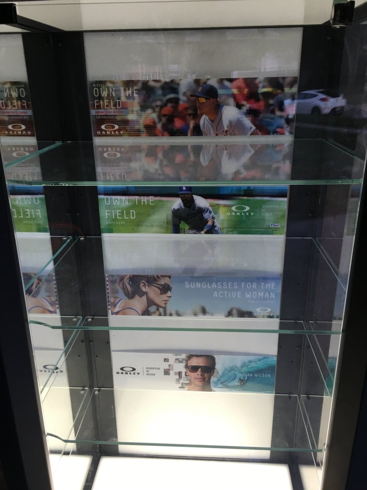 Black single display case - image.jpeg