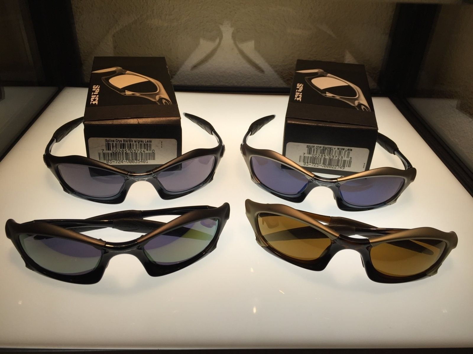Oakley Splice bnew condition, with or without box - image.jpeg