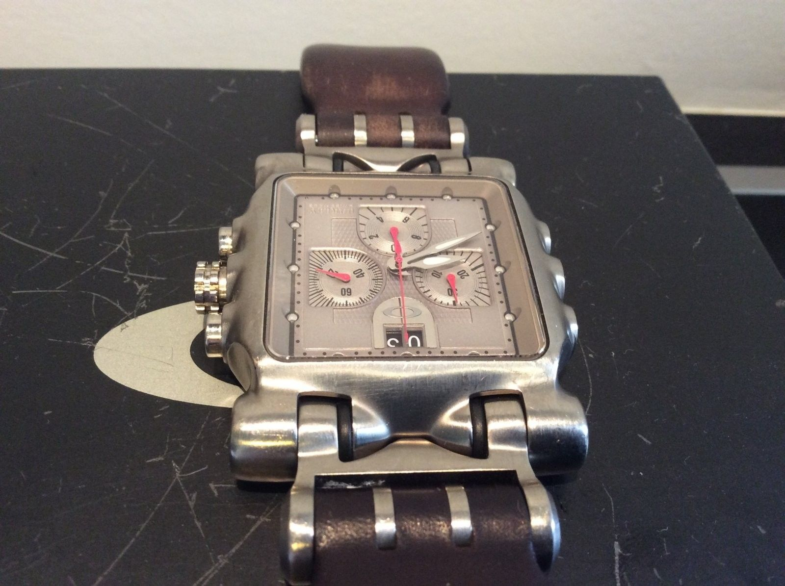 Minute Machine - Titanium/silver w/brown leather - USED - image.jpeg