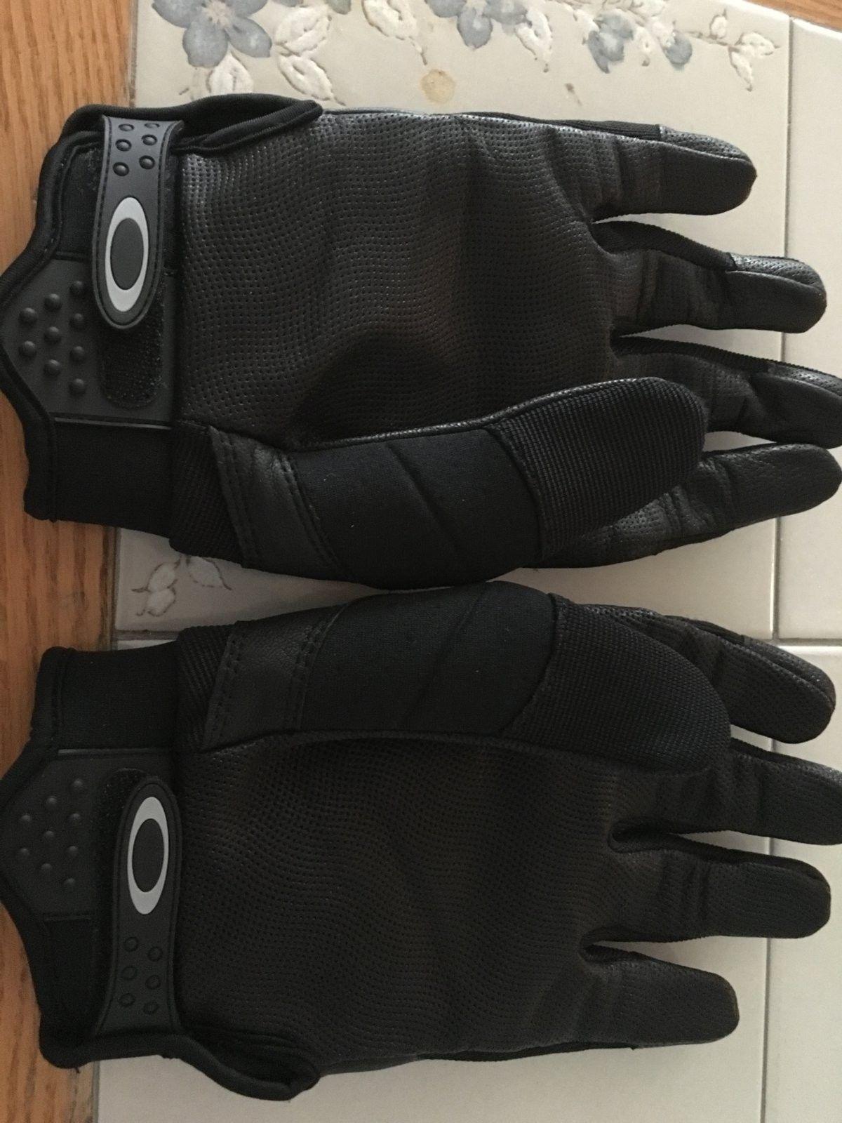 Oakley Assault Gloves New - image.jpeg