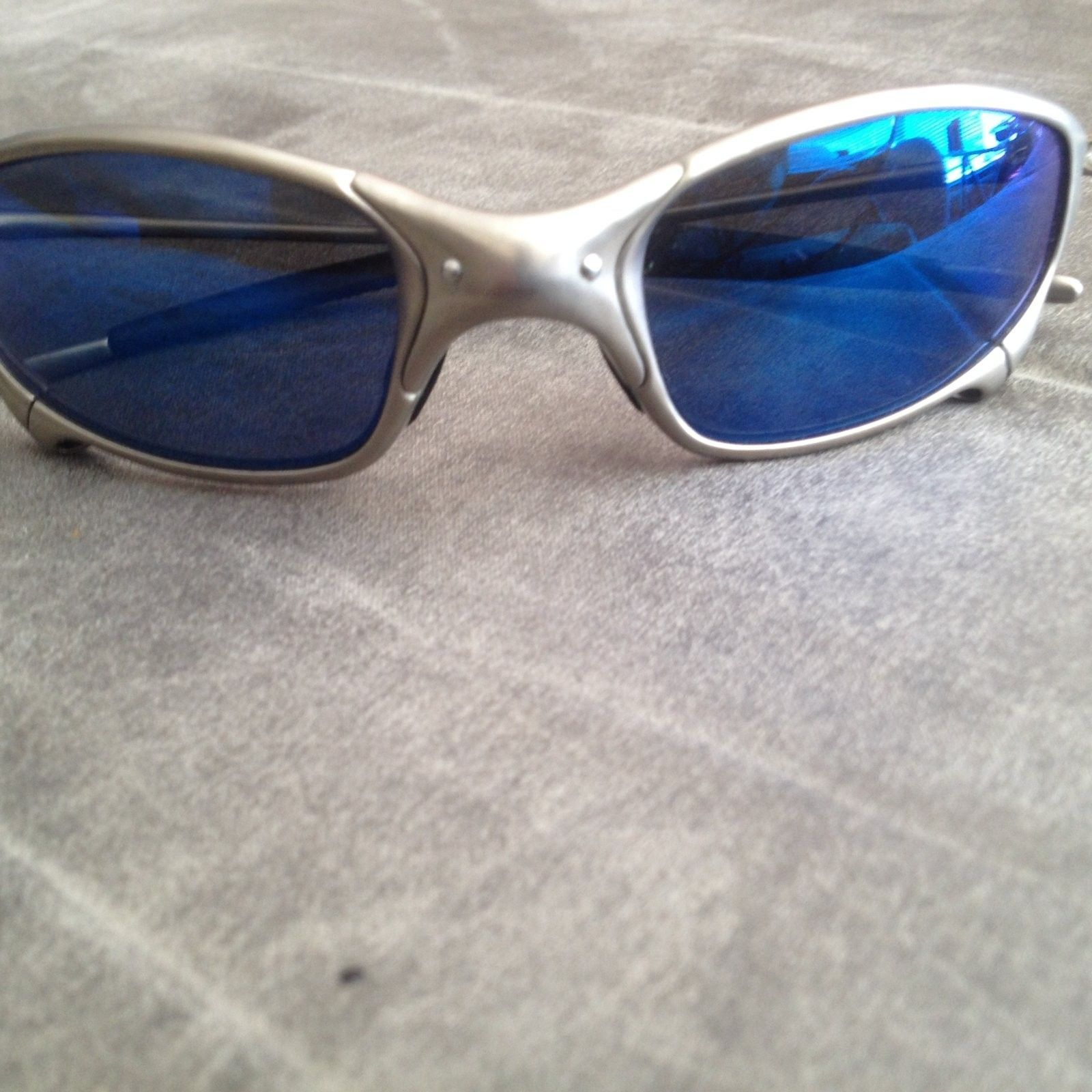 Need help identifying these oakleys - image.jpeg