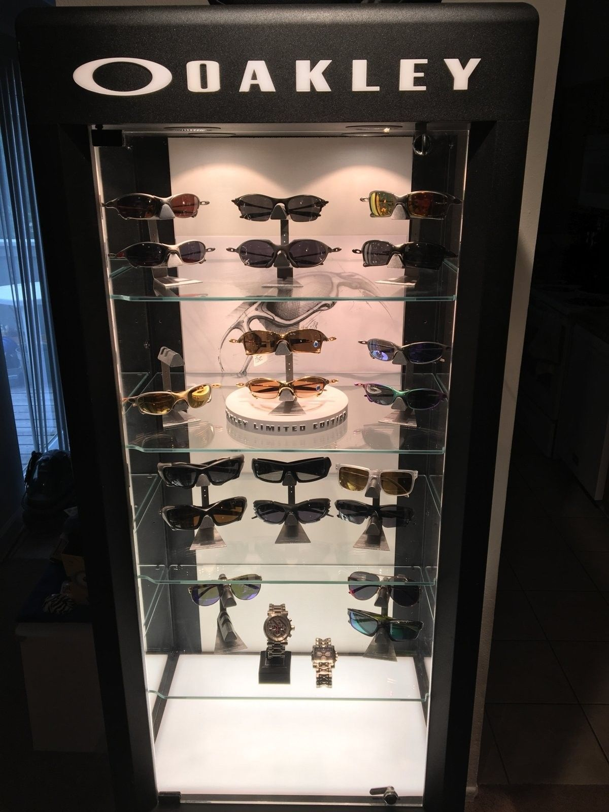 Check out my new display case! - image.jpeg