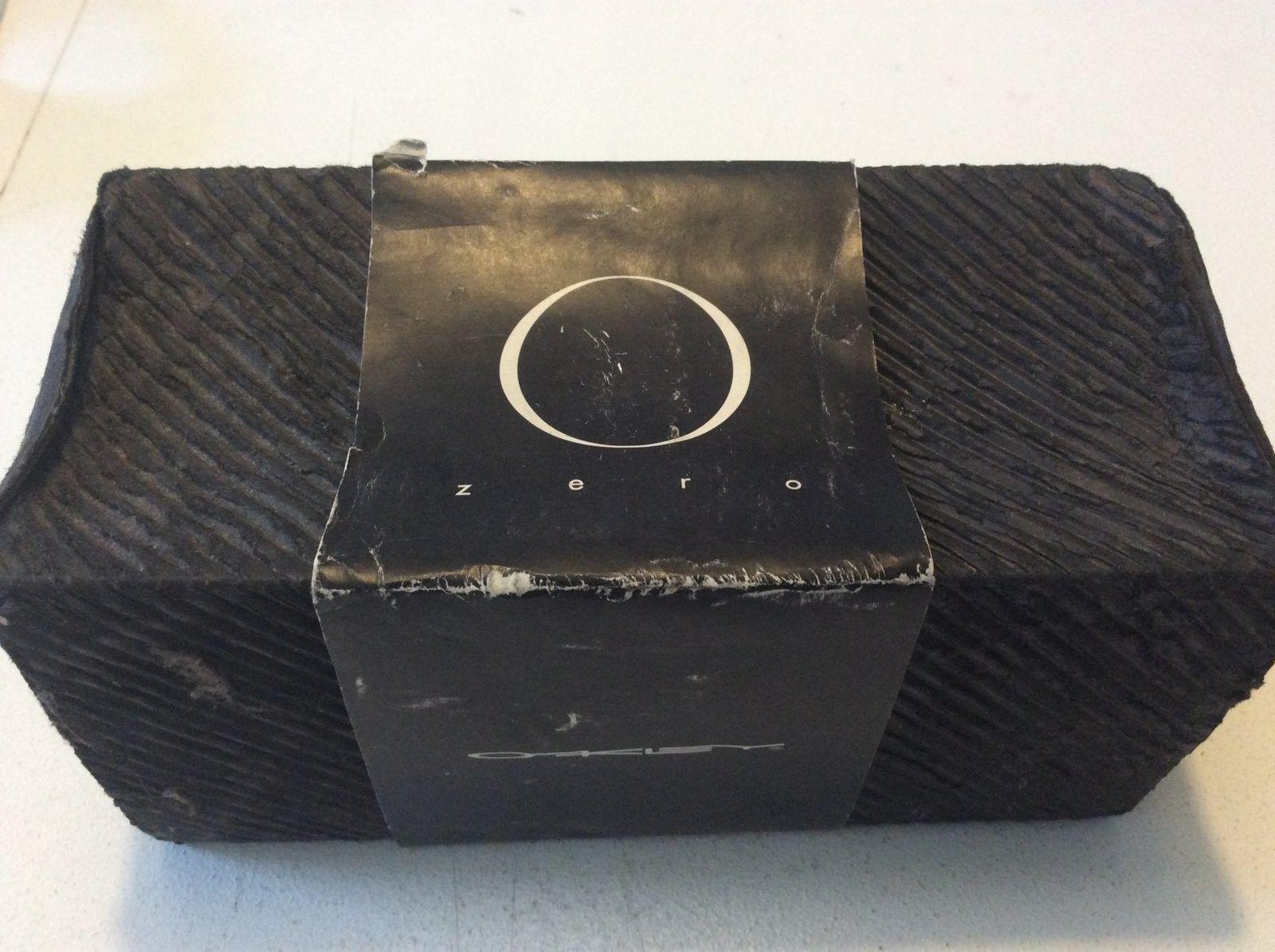 Zero 0.4 Glitter Gulch/Gold - with box.. - image.jpeg