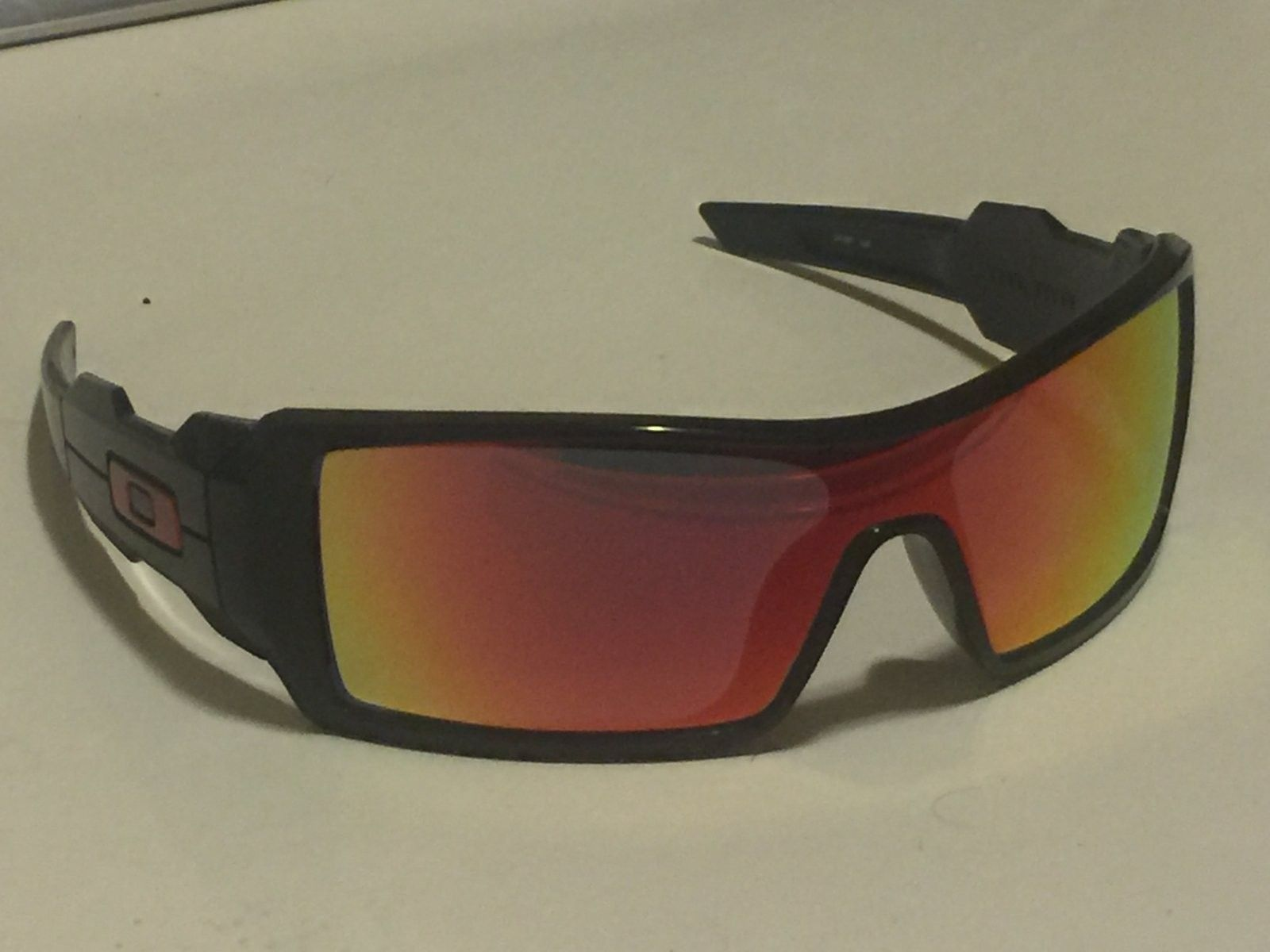 Oakley Oil Rig I O-ZONE Holiday Exclusive 24-087 - image.jpeg