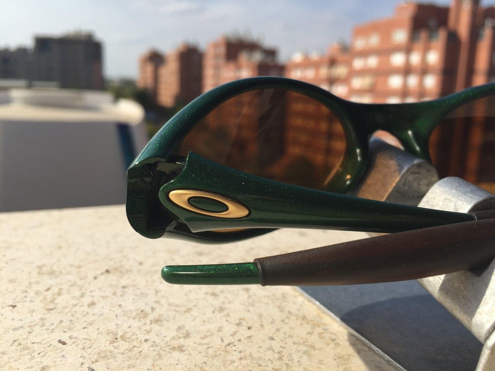 New Eye Jacket joker w/ gold iridium SKU: 04-311 + metal dispay #SOLD - image.jpeg