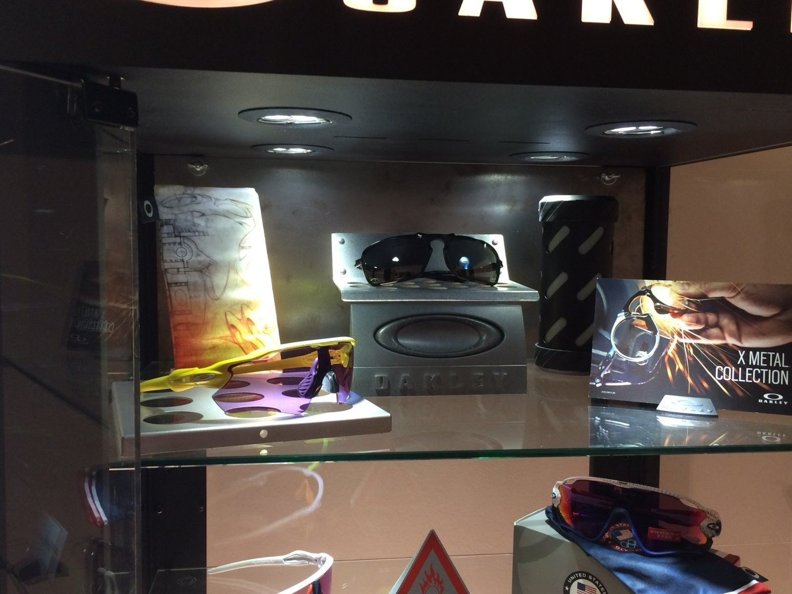 Are these genuine Oakley pieces? - image.jpeg