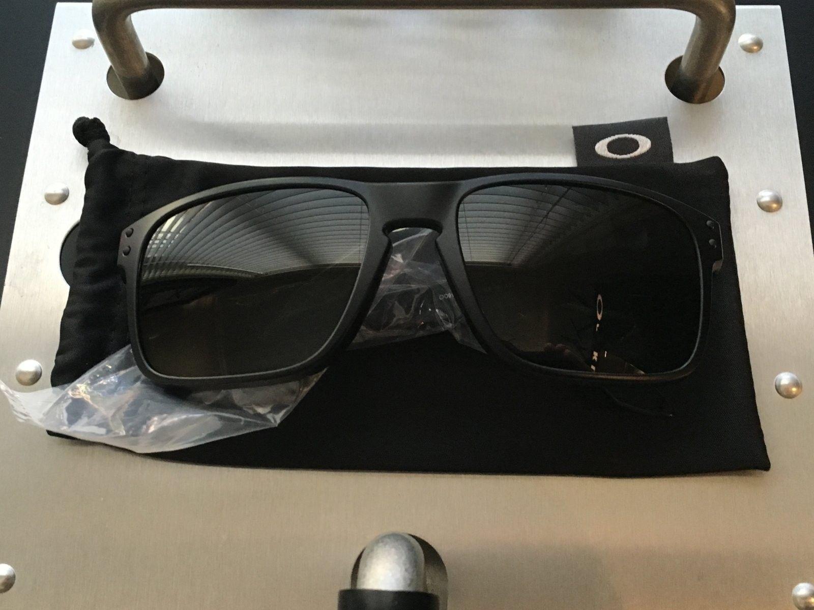 Holbrook Covert Grey lenses - image.jpeg