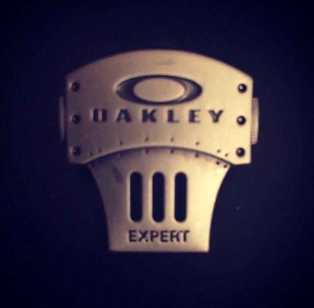 Oakley Expert Pin - image.jpg