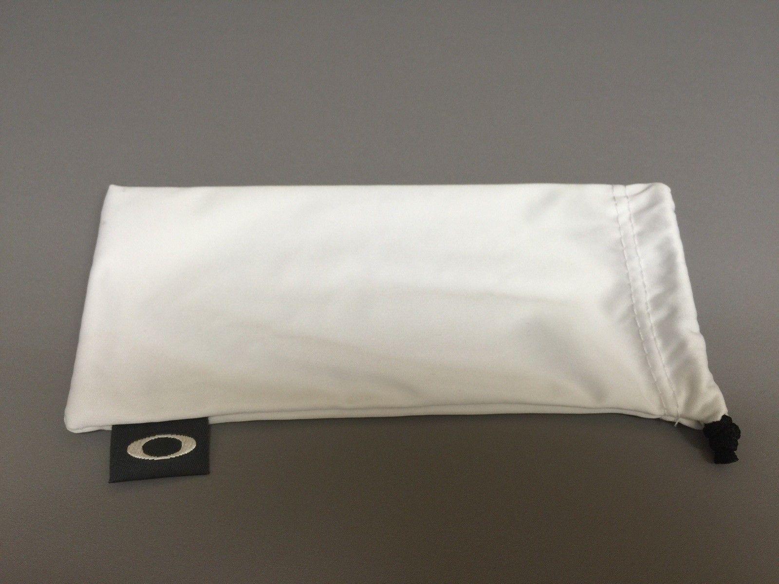 Oakley Flak Jacket Polished White With Black History Text - image.jpg